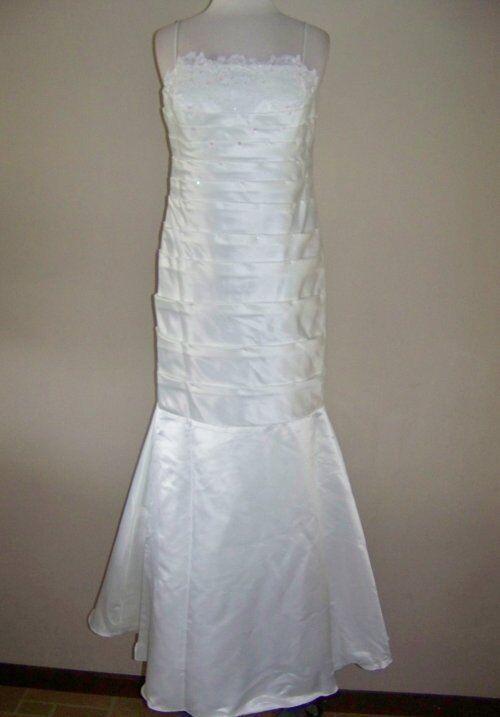 IGNITE EVENINGS 12 Ivory Lace & Embellished Long Dress & Shawl NWT  208