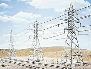 WALTHERS-CORNERSTONE-HO-SCALE-TRANSMISSION-TOWERS-4-KIT-933-3121