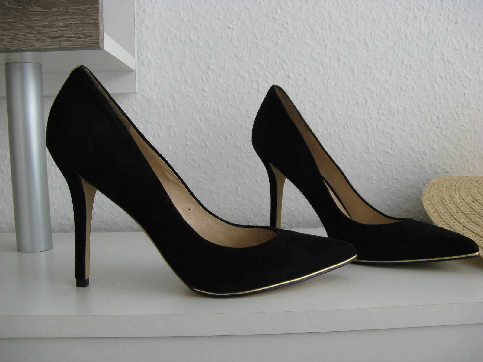 GUESS HIGH HEELS PUMPS 40 WILDLEDER SUEDE black SEXY LEDER goldENE DETAILS