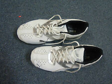 PUMA MENS RUNNING SHOES SIZE 10-WHITE LEATHER