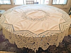 BEAUTIFUL-Antique-White-Battenberg-Lace-Hearts-74-034-Round-Tablecloth