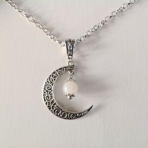Collier Pendentif Croissant De Lune Et Perle Moonstone Ou Pierre De