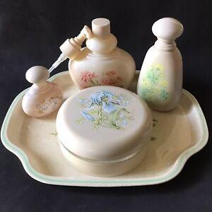 Vintage-Avon-Vanity-Collection-Timeless-Tray-Powder-Perfume-Body-Satin-Bath-Foam