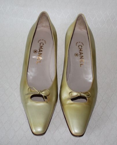 Vtg Chanel Yellow Lime Color Patent Leather Bow Sh