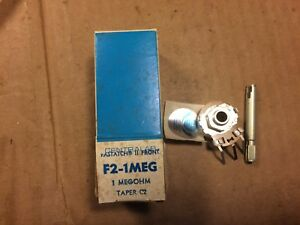 NOS-Vintage-1970s-Centralab-1-Meg-ohm-1-4-034-Potentiometer-Guitar-Pot-Audio-Taper