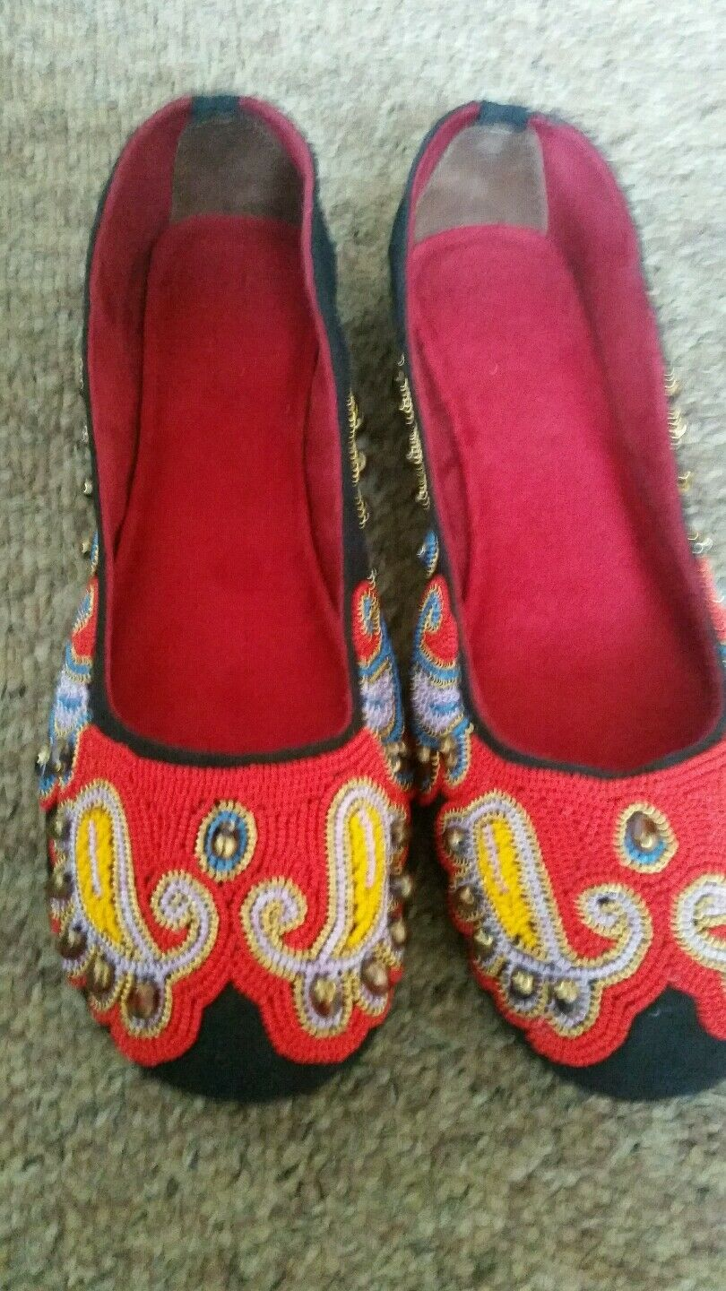 ladies beaded shoes size6