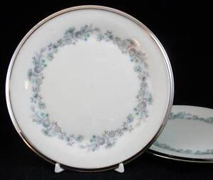 Lenox-REPERTOIRE-2-Bread-amp-Butter-Plates-GREAT-VALUE-signs-of-use