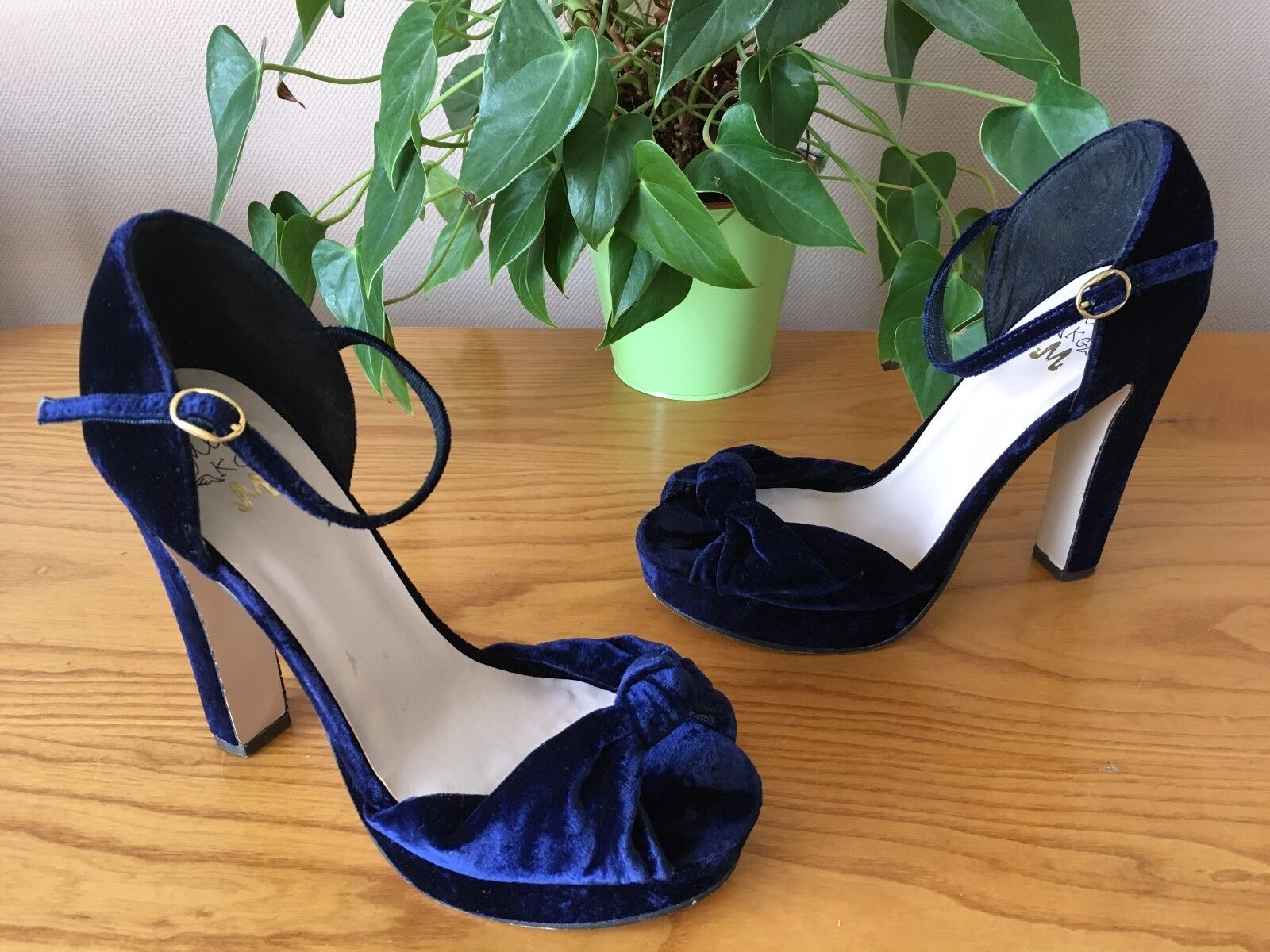 Miss KG Kurt Geiger Rosaline Blau velvet platform sandals UK 6.5 EU 39.5