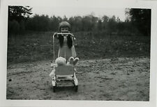 PHOTO ANCIENNE - VINTAGE SNAPSHOT - ENFANT JOUET PELUCHE POUSSETTE - CHILD TOY