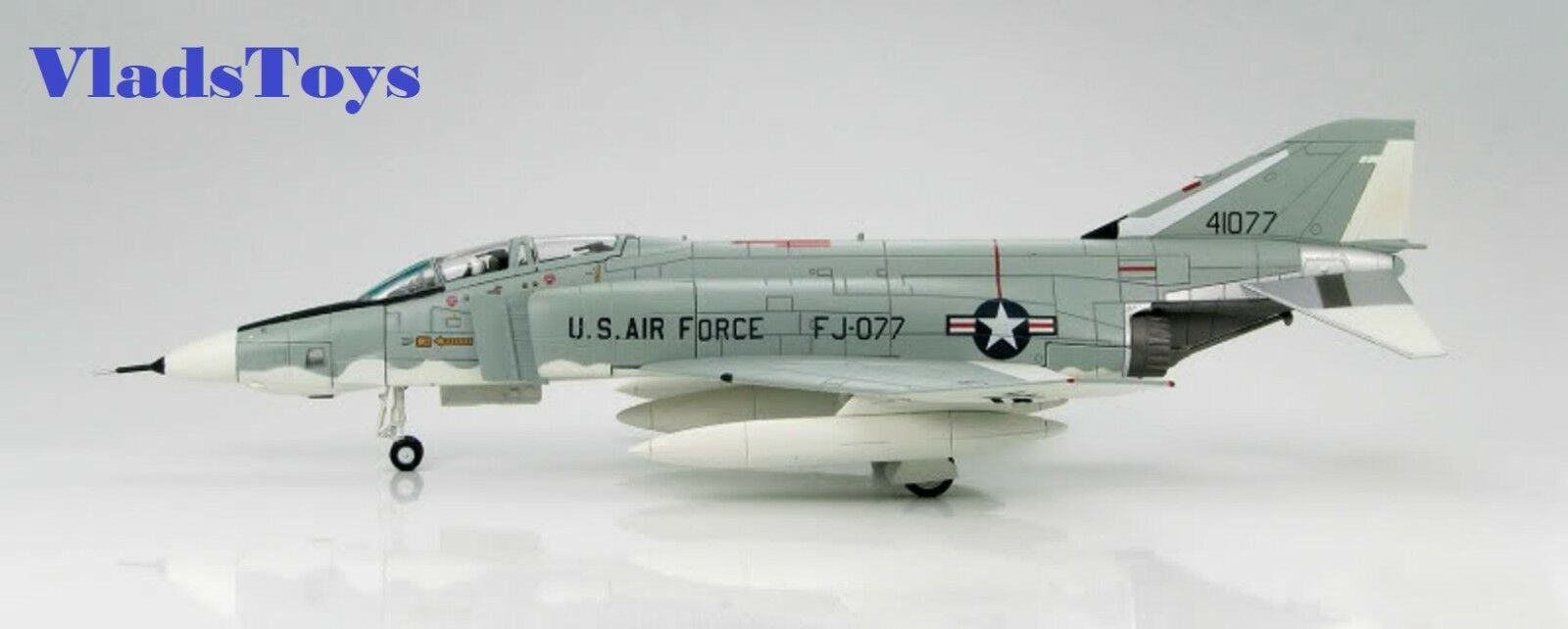 Hobby Master 1:72 RF-4C Phantom II 10th Tactical Recon Wing, RAF HA1954