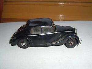Très rare modèle en plastique Riley Rma Rme Vintage Roof a quelques bosses Voir les Photos