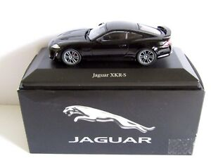Atlas-Editions-Jaguar-XKR-S-Negro-1-43