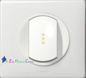Bouton poussoir lum. Céliane blanc griffes complet 67031+68003+67<wbr/>686+80261+6663<wbr/>1