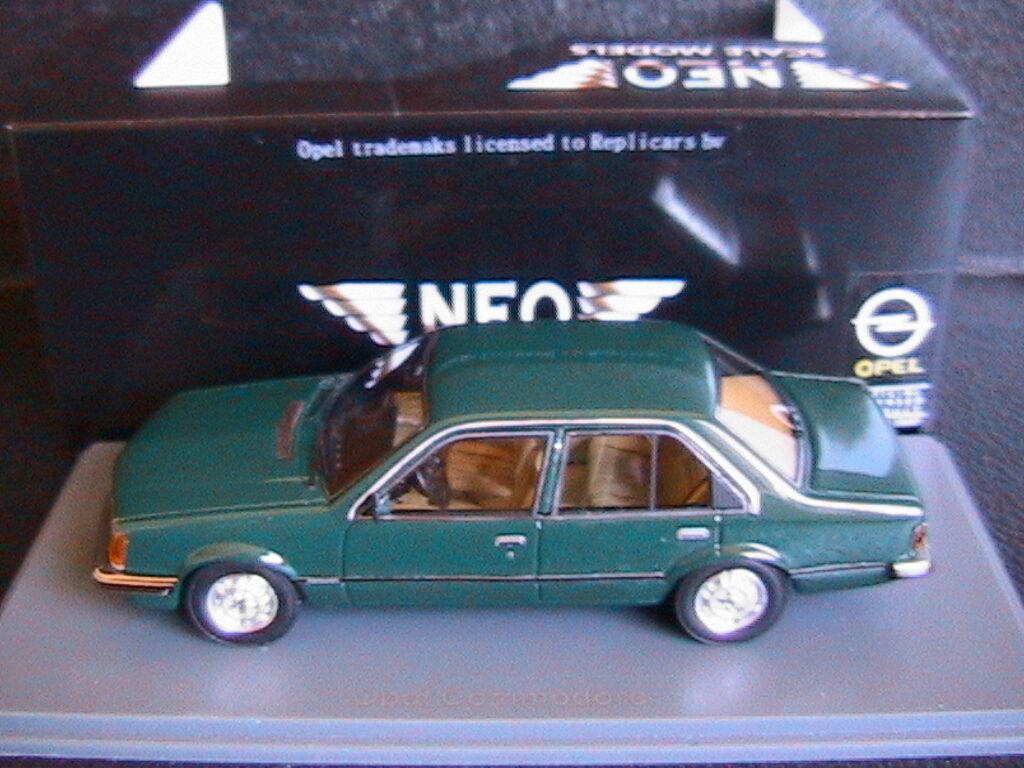 OPEL COMMODORE C 2.5 S 1978 verde NEO 43690 1 43 4 DOORS RESINE RESIN LHD verde