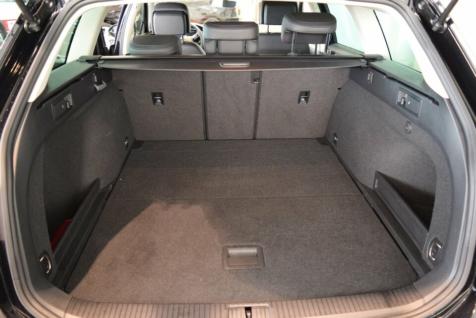 VW Passat 2,0 TDi 150 Highl. Prem. Vari. DSG Diesel aut.