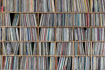 """Lot of 25 12"""" Records Vinyl Grab bag Dance, Hip Hop, Instrumentals, 70s 80s 90s"""