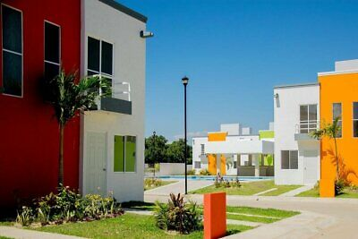 Casa en Venta en Acapulco, Guerrero, Zona Diamante y Playa a 10 min, Costera por Macrotunel a 10 min