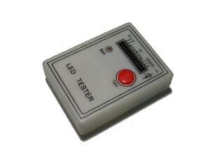 LED-Tester-fuer-12-LEDs-Pruefen-von-Leuchtdioden-auf-Helligkeit-Farbe-Polaritaet