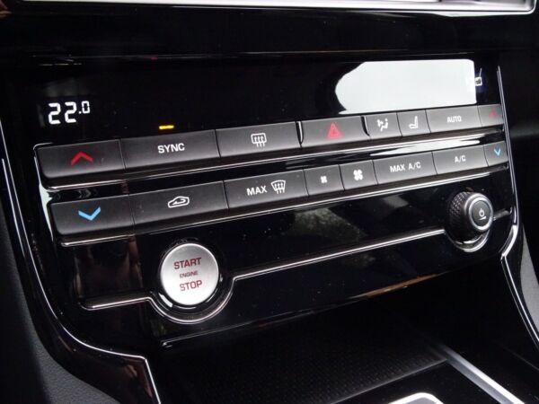 Jaguar XE 2,0 P200 Pure aut. billede 12