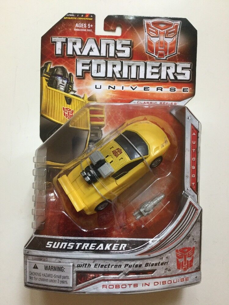Transformers Universe Classic Series Deluxe Class Sunstreaker