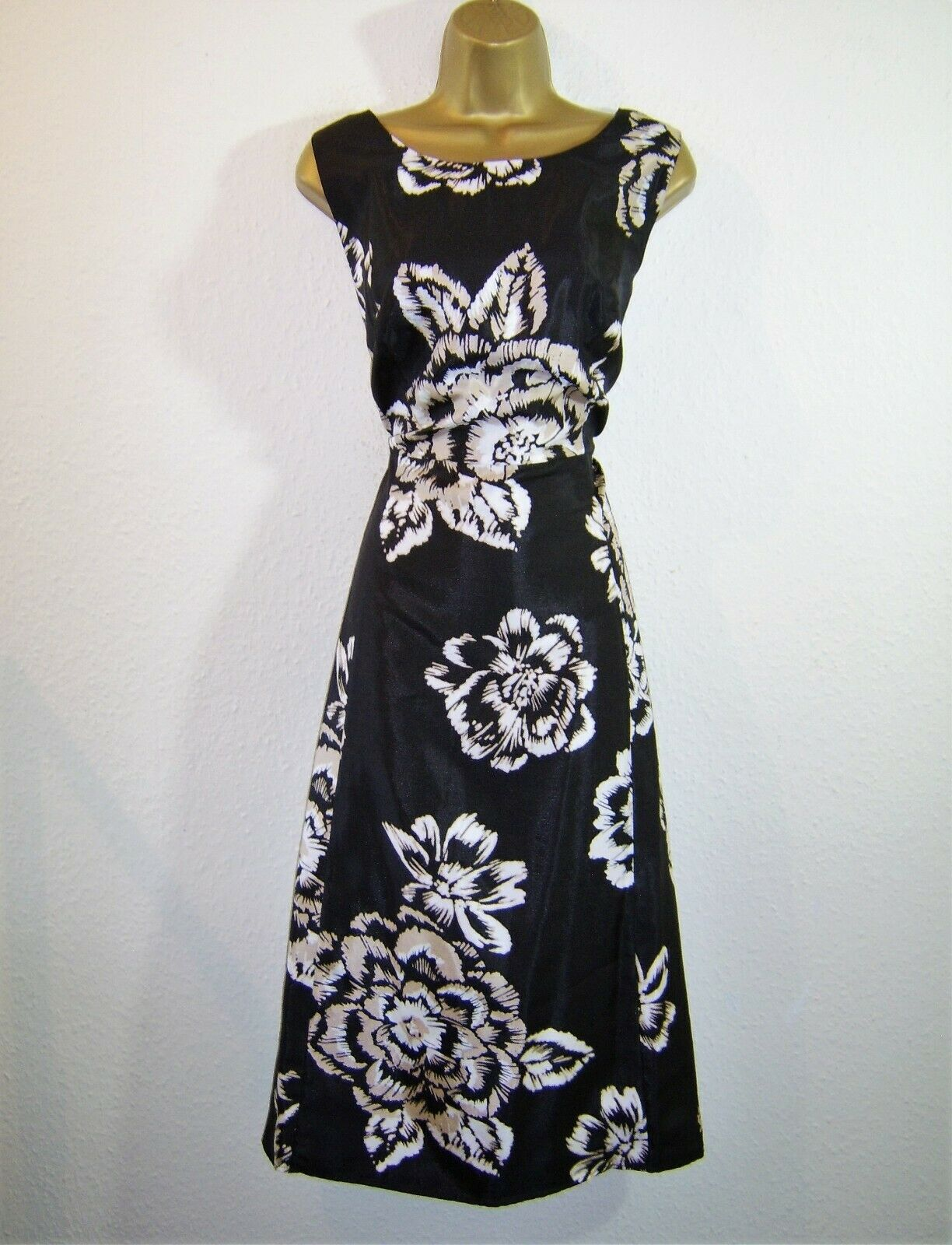 BEAUTIFUL BLACK CREAM BEIGE FIT AND FLARE EVENING PARTY OCCASION DRESS SIZE 18