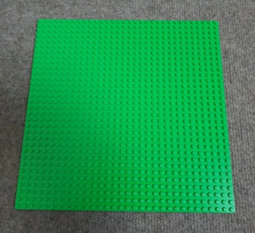 Light Green Lego Base Plate Building Lawn Grass 32 x 32 Studs Great Condition