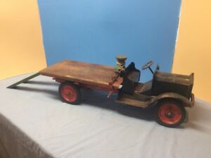 KEYSTONE-PACKARD-26-54-Koaster-w-Skids-amp-Hoist-PRESSED-STEEL-Toy-TRUCK-1920s