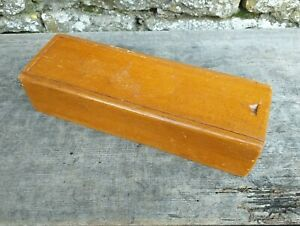 Collectable-Vintage-c1950-039-s-Wooden-Pencil-Case-with-Sliding-Lid