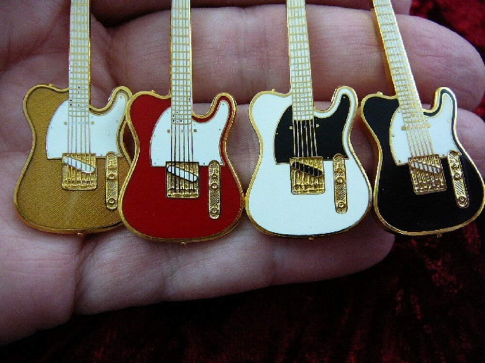 M223-A Pick from 4 colors FENDER TELECASTER Electric guitar PIN I love guitars