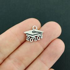 "Lot of 50 Vintage Silver Plated Year /""2020/"" Graduation Cap Charm Pendant 13x18MM"