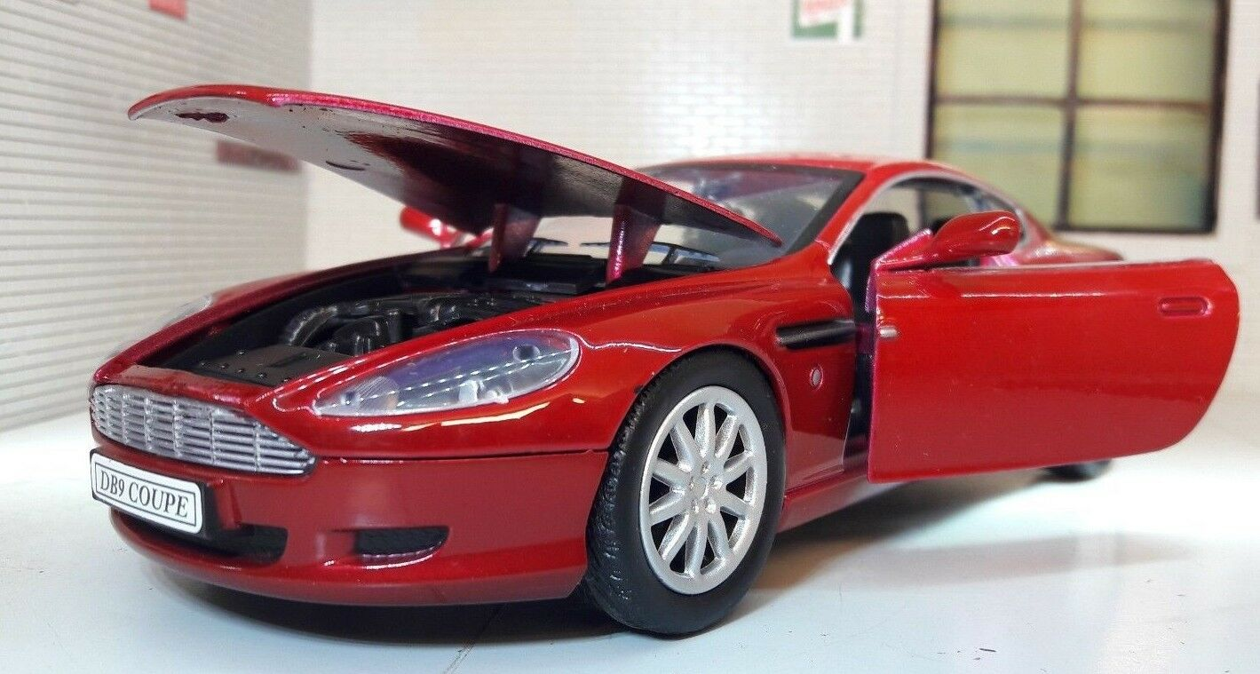 1 24 Echelle 2004 Aston Martin DB9 V12 Rouge Motormax Modèle moulé James Bond