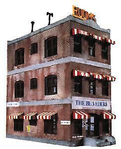 LIFE LIKE HO SCALE 1/87 BELVEDERE DOWNTOWN HOTEL KIT | 433-1339