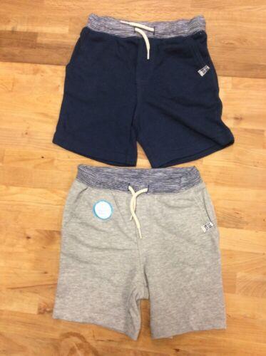 Size 2T Carter/'s Boy/'s 2 Peice Shorts