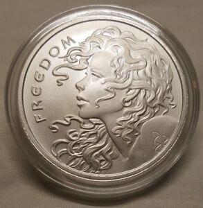 2018-Silver-Shield-1oz-Freedom-Girl-999-Fine-Silver-Round-Coin-in-CAPSULE