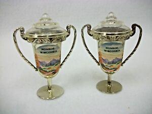 Vintage-Monroe-Wisconsin-Salt-and-Pepper-Shakers