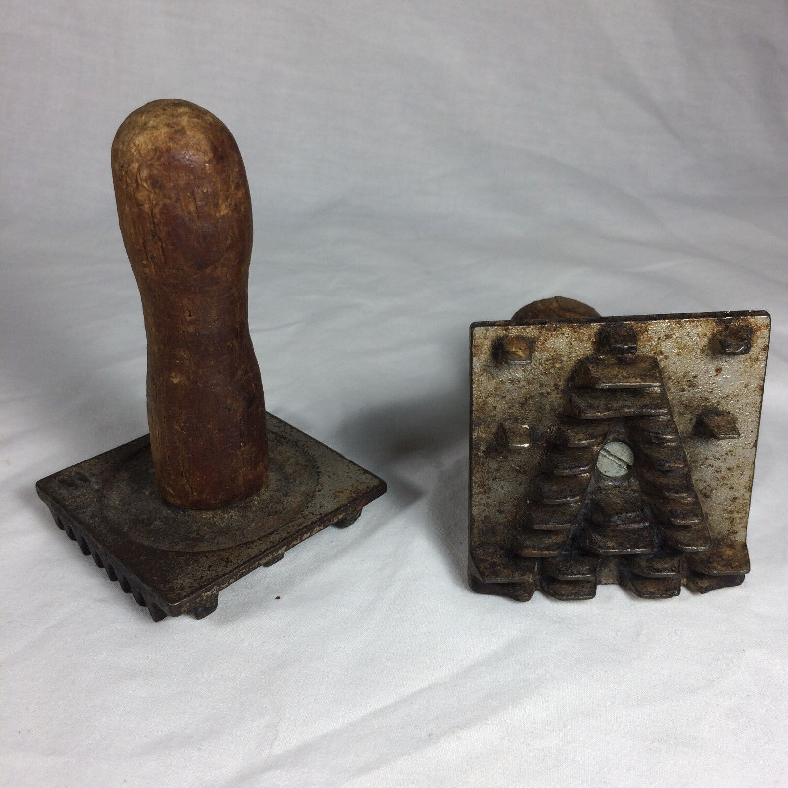 Metal COOKIE PRESS MOLD (PIE CRUST STAMP) W  WOOD HANDLE Vintage Set of 2 A M