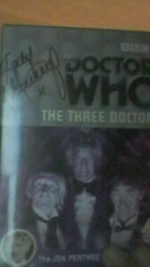 Doctor-Who-The-Three-Doctors-signed-autograph-Manning-Courtney-Baker-Thorne