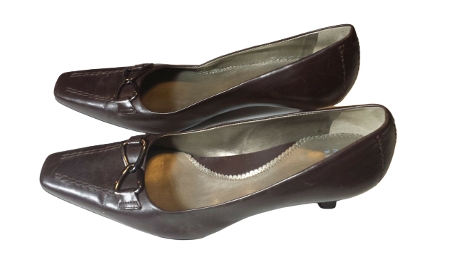 Audrey Brooke Womens Leather Brown Buckles Shoes Pumps 7.5 M