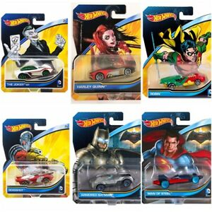HOT-WHEELS-DC-Comics-DKJ66-assortimento-1-64-Joker-Robin-Batman-Harley-DEADSHOT