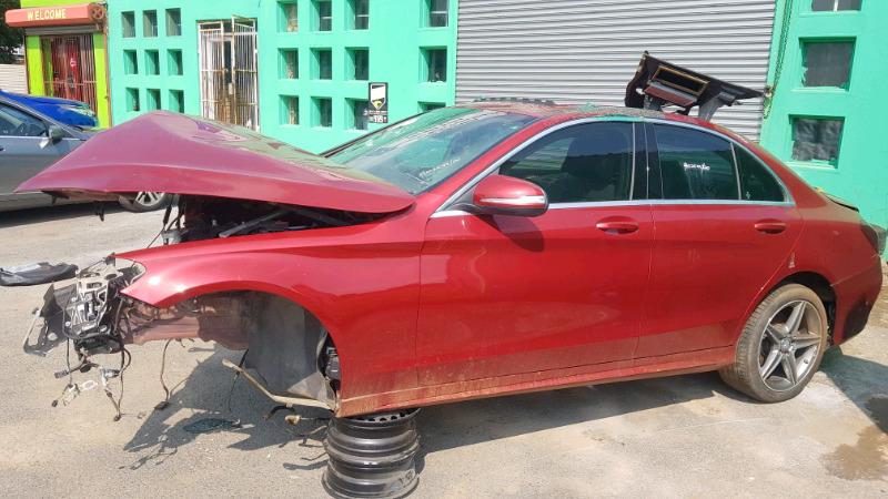 Mercedes-Benz W205  stripping fo