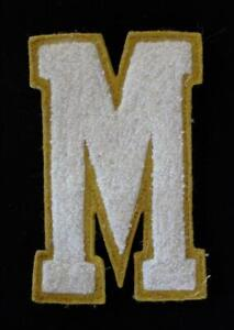 VINTAGE-1960-039-S-1970-039-S-SCHOOL-LETTER-MUSTARD-AND-WHITE-PATCH-3-1-2-034-X-6-034