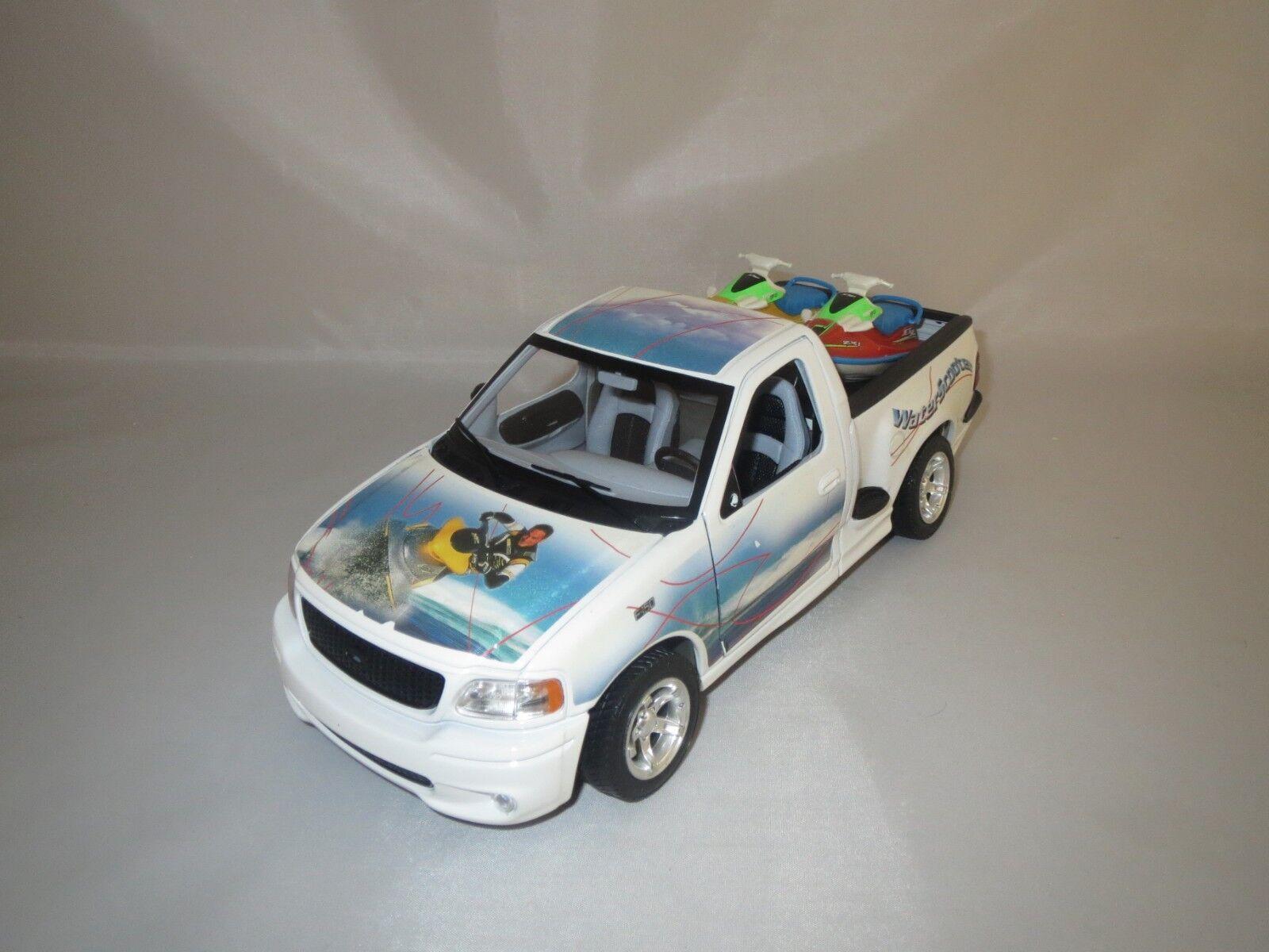 Bburago Ford SVT f-150 (Blanc) 1 21 sans emballage