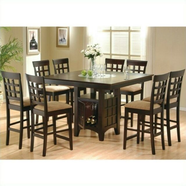 Leahlyn Counter Height Dining Room Set