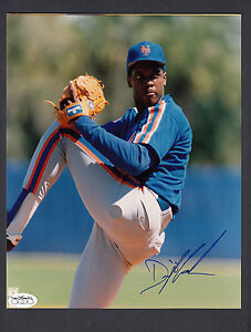 Dwight-Doc-Gooden-Autographed-New-York-Mets-8x10-Color-Photo-JSA