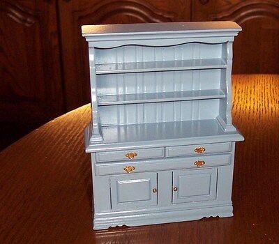 schöner, Schrank in blau Miniatur 1:12 Puppenhaus