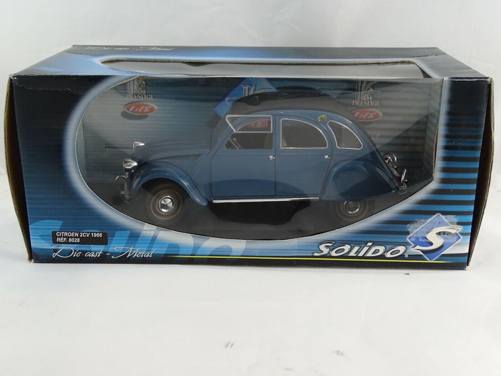 1 18 Solido  8028 1966 Citroen 2CV blau  neuwertig