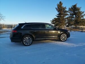Lincoln MKT Reduced