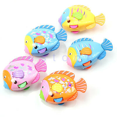Cute Baby Kids Swimming Clockwork Fish Colorful Windup Fish Shaped Wind Up Toys
