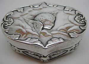 Victorian-Sterling-WILLIAM-COMYNS-CHERUB-BOX-Antique-Silver-Dresser-Trinket