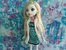 MONSTER HIGH CLASSROOM ASSISTANT LAGOONA BLUE AWESOME